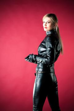 Scarlet-LeatherTrouserTop