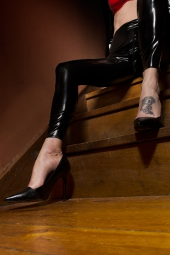 scarlet-latex-steps