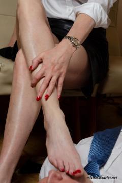 scarlet-legs-rednails