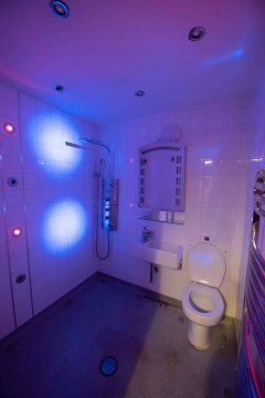 wet-room-with-mood-lighting-for-watersports